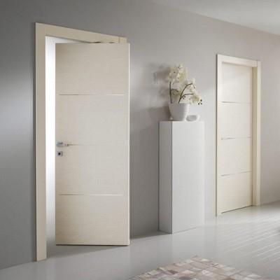 Come serrare una porta senza una serratura o un lucchetto